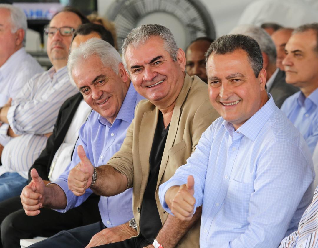 A feijoada ao Mar que é celebrada por July e Alexandra Ysensee, será mesmo no dia 3 de fevereiro no Cerimonial São José
