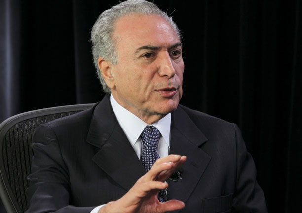 OAB decide pedir impeachment de Temer