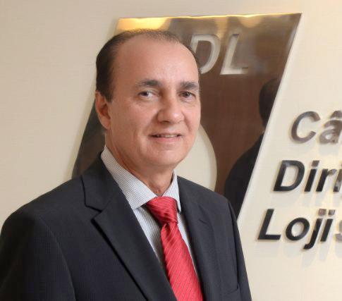 Alberto Nunes da da Dini Calçados receberá no dia 27, às 20h, o Título de Comerciante do ano 2017
