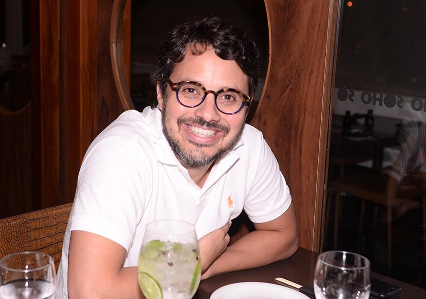 """Em Serrinha, o deputado Coronel, presidente da Alba disse para 580 vereadores que """"em toda sociedade há os bons e os maus""""."""