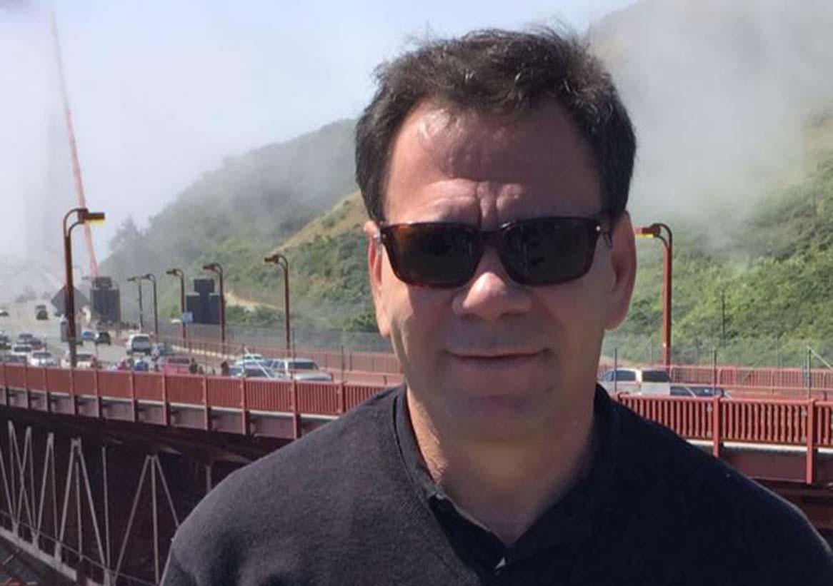 Léo Fingergut é o nobre engenheiro civil e aniversariante de dezembro