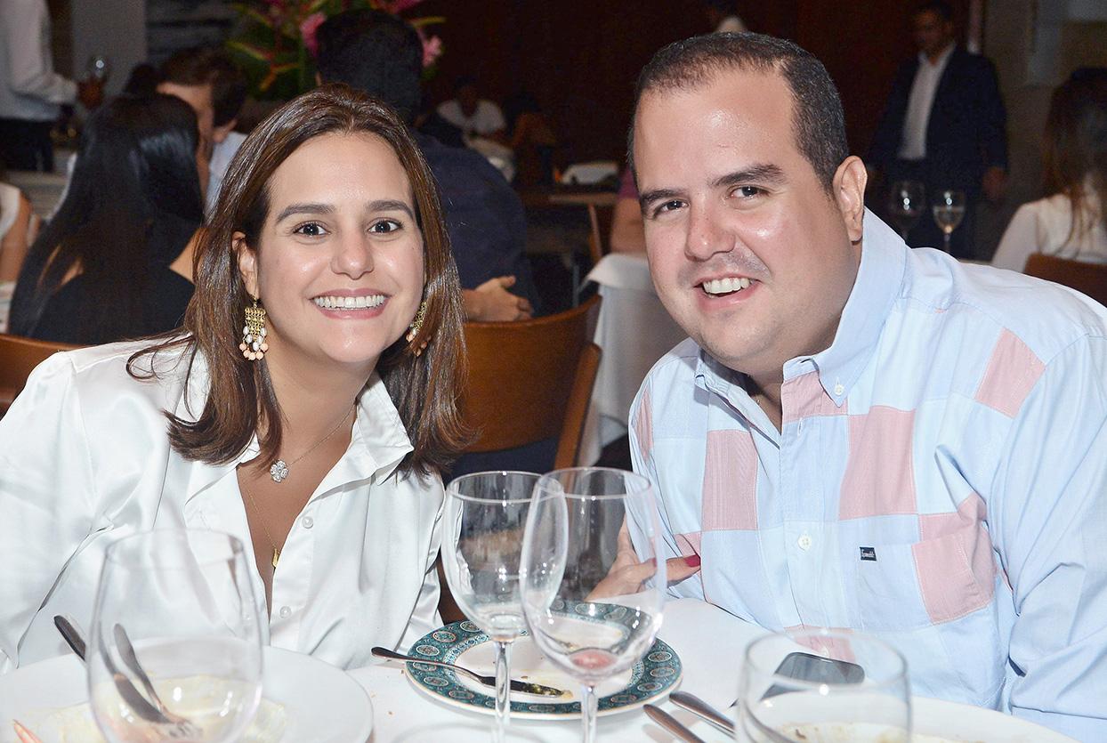 Priscila e Juarez Silva Filho o destaque empresarial de hoje 15 de novembro de 2018. Clique