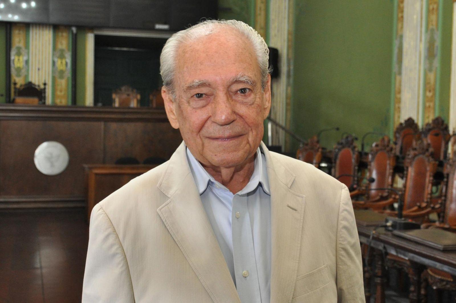Morre Waldir Pires, ex-governador da Bahia às 10h da manhã de hoje 22 de junho