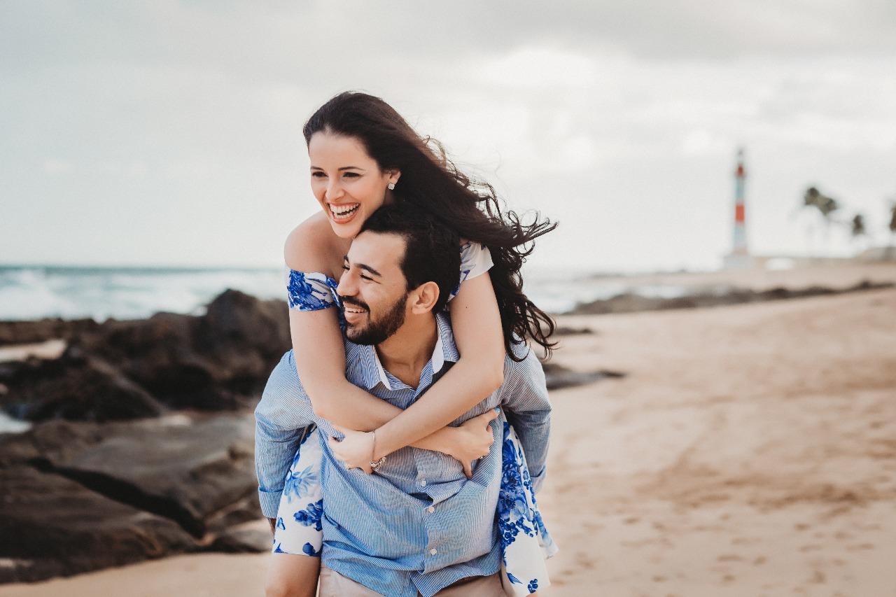 Thiago Brandão da Silva(fotógrafo), é filho de Valterio(fotógrafo) vai se casar dia 09 de dezembro com Lais Weber designer de interiores.Click