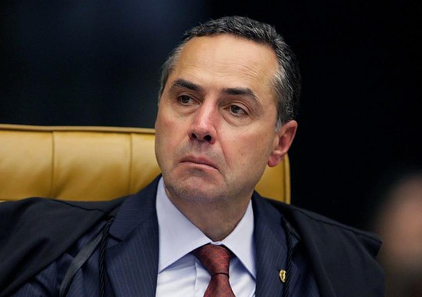 O Ministro Luis Roberto Barroso votou contra a candidatura de Lula