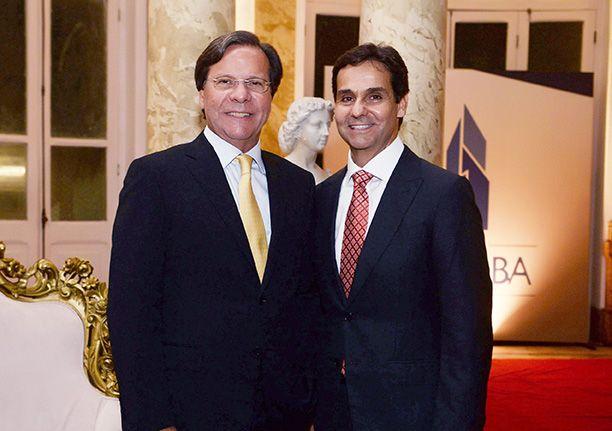 Gustavo Brito e Cláudio Cunha são os dois destaques de hoje como empresários do ramo de imobiliária.