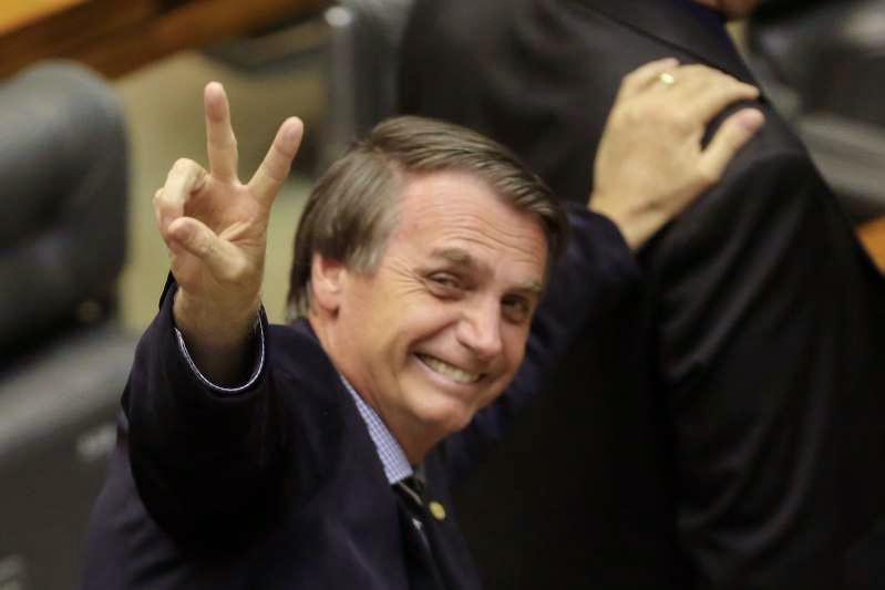 Qual será o 1º país que o mar vai engolir? Veja mais...