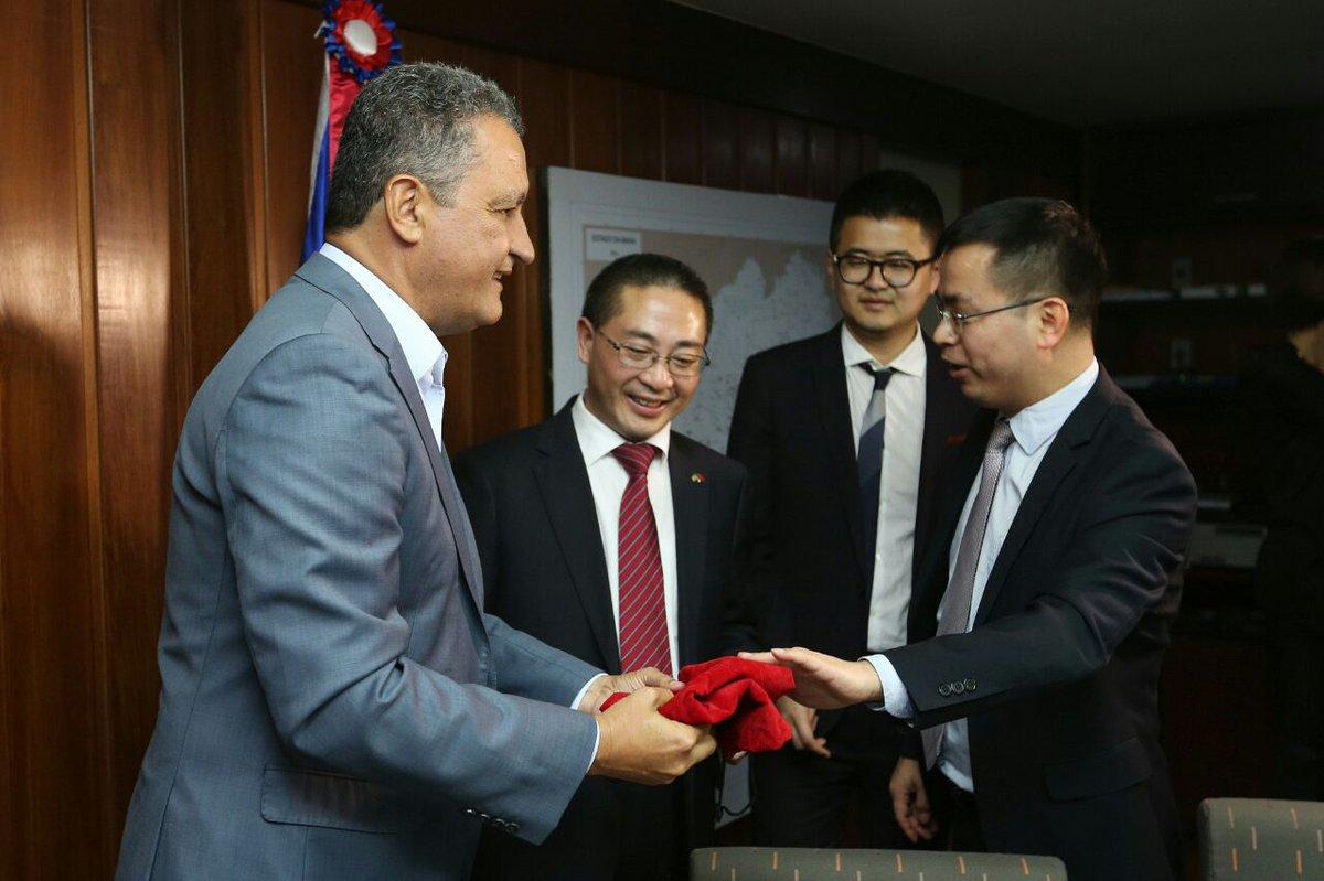 Três grandes empresas chinesas e a Bahia Mineração fecharam parceria econômica de alto nível