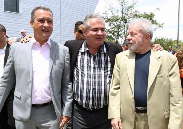 """Coronel diz que """"menudos de toga"""" não impedirão a vontade dos brasileiros"""