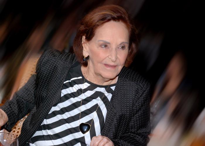 July Isensee foi honrada com o Prêmio Barra Mulher ontem no Shopping Barra