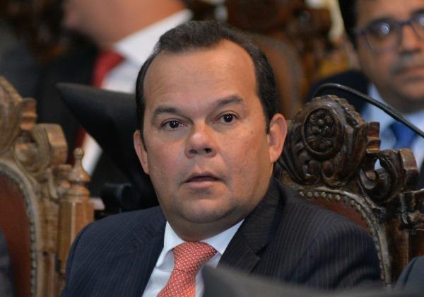 Vereador Geraldo Júnior é o novo presidente da Câmara Municipal de Salvador. Ver mais...