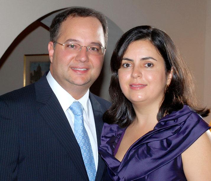 Luiz Carlos Passos o destaque médico do dia, entre os médicos Fábio Vilas Boas e  Luiz Sérgio
