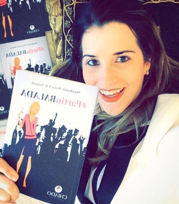 Stephanie Tanure lança Livro na Livraria Cultura.