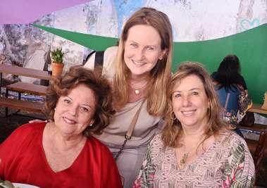 Janete Freitas, Verônica Machado Cunha Guedes e Monica Gantois em fotos de Valterio