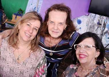 Monica Gantois, Ana Maria Machado e Angela Costa Lino em fotos de Valterio