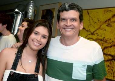 a aniversariante Fernanda Lemos com seu pai Paulo Lemos em fotos de Valterio