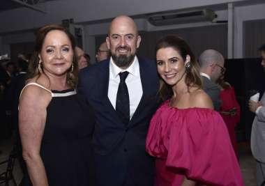 Eliane Kruschewsky com Mauricio e Manuela Lins