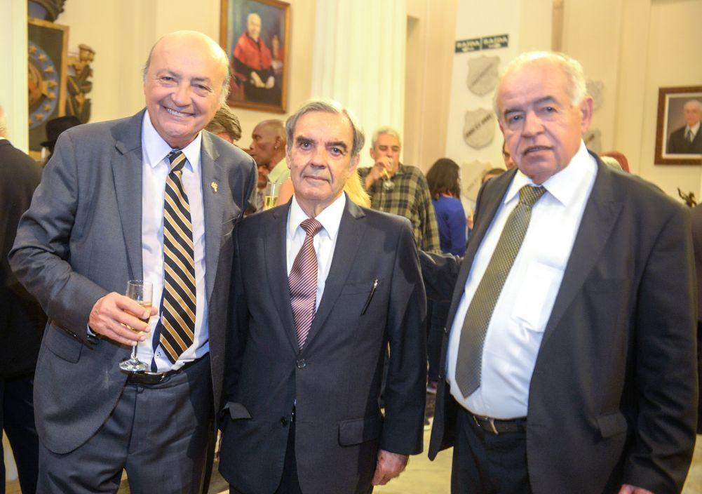 Instituto Geográfico e Histórico da Bahia em festa para comemorar seus 120 anos de existência.Ver mais...