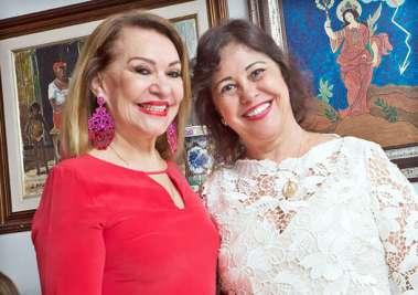 Norma Correia com a advogada Lilian de Oliveira Rosa, em fotos de Valterio Pacheco