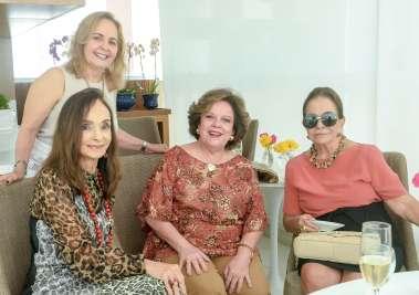 Verinha Luedy, Ester Leal, Janete Freitas, Maria Helena Mendonça em fotos de Valterio