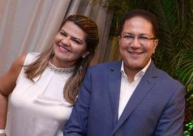 Deputado Augusto Castro e Sra. em fotos de Valterio
