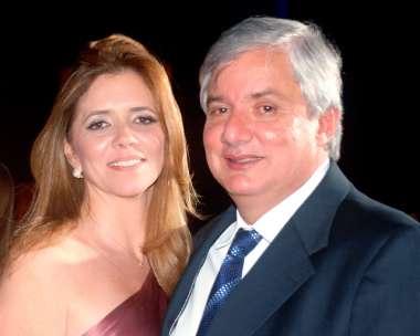 Cristina e Roberto Albam da galeria de Arte Albam no dia dos namorados em foto de Vaçterop