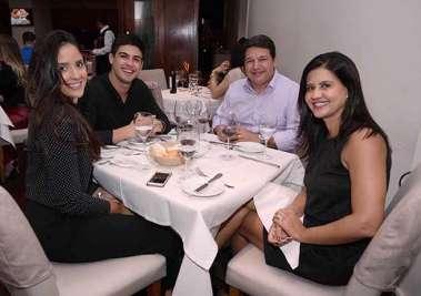 Gabriela Moraes, Vitor Rios, Lidiane e Vagner Angelin em fotos de Valterio no Alfred Di Roma