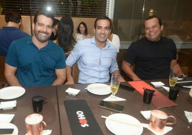 Paulo Magalhães, Bruno Reis e Geraldo Júnior no Soho em fotos de Valterio