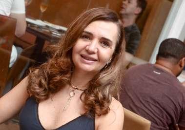 Mônica Muniz Calumby no Soho em fotos de Valterio Pacheco