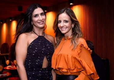 Karina Queiroz nos 20 anos do Soho com Sany Najar em fotos de Valterio Pacheco