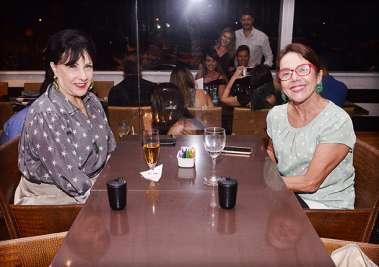 Tania Muniz Barreto e Grace Calumby em fotos de Valterio