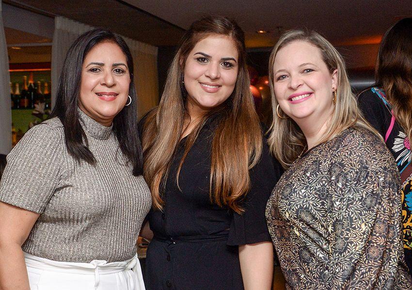 Aniversário de Fernanda Belmontti no Dass dia 28 de setembro. Veja as fotos...