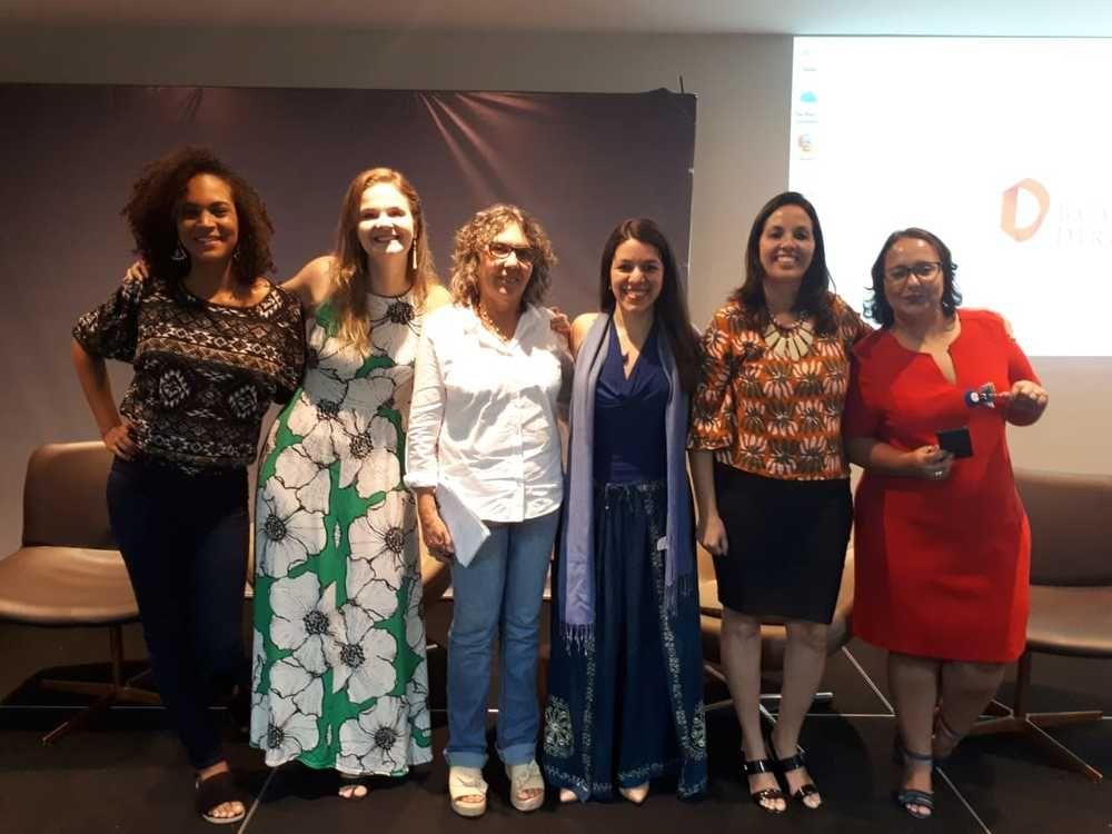 Dia da Mulher é comemorado na Faculdade Baiana de Direito com debate sobre os avanços e retrocessos vividos pelas mulheres
