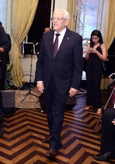 Eduardo Valente da Civil Construtora uma da empresa premiadas em fotos de Valterio