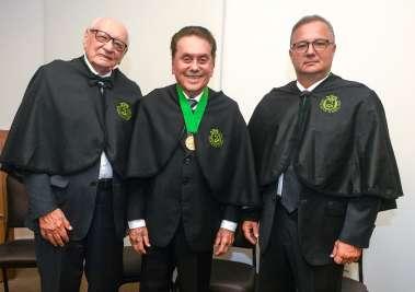 Dr. Geraldo Leite, Dr. Agnaldo Davi de Souza e Dr. Fábio Vilas Boas em fotos de Valterio
