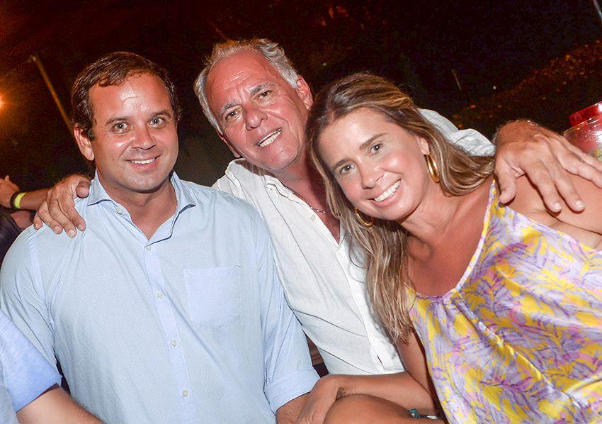 Beefeater da Bahia Marina é a mais nova atração jovem de Salvador para drinks, tira gostos e bate-papo.Ver fotos...