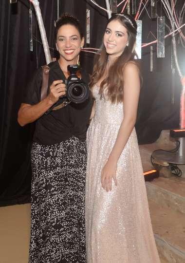 Manuella Ribeiro com a fotógrafa Bianca Martinez em fotos de Valterio