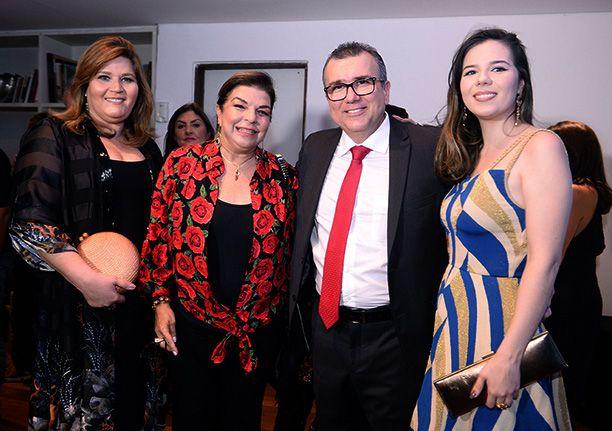 A Band apresentou sua nova grade de programação no Restaurante Amado, em noite comandada por Lícia Fábio.
