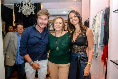 Carlinhos Rodeiro, Redgina Weckerle e Luzia Botta em fotos de Valterio Júnior