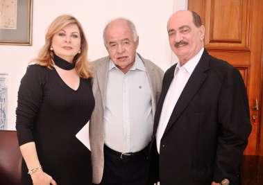 Mary e José Nilton Carvalho Pereira com o Reitor da UFBa Prof. José Carlos de Almeida em fotos de Valterio