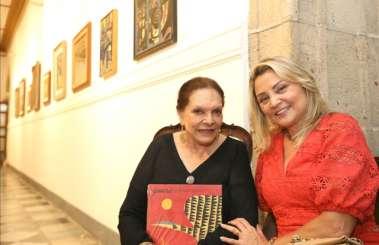 Nair de Carvalho e Rosângela Sá Menezes