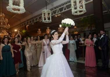 Fernanda Oliveira em fotos de Valterio Pacheco