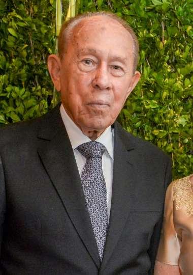Jaime Colho em sua festa de 90 anos em fotos de Valterio