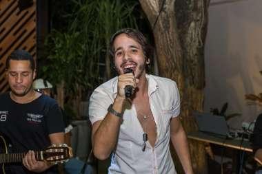 Cantor Lucas Melo