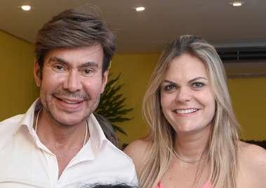 Carlos Rodeiro com a aniversariante Gabriela Macedo em fotos de Valterio Pacheco