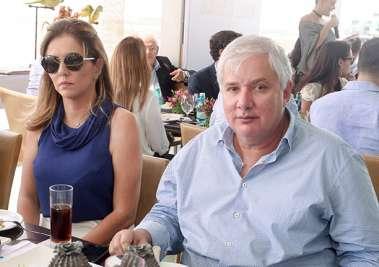 Cristina e Roberto Alban em fotos de valteiro