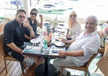 Monica e Arthur Gallas, Lia Ferreira e Edinho Engel