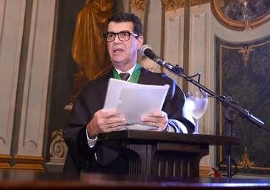 Prof. Álvaro Rubim de Pinho o responsável pela saudação