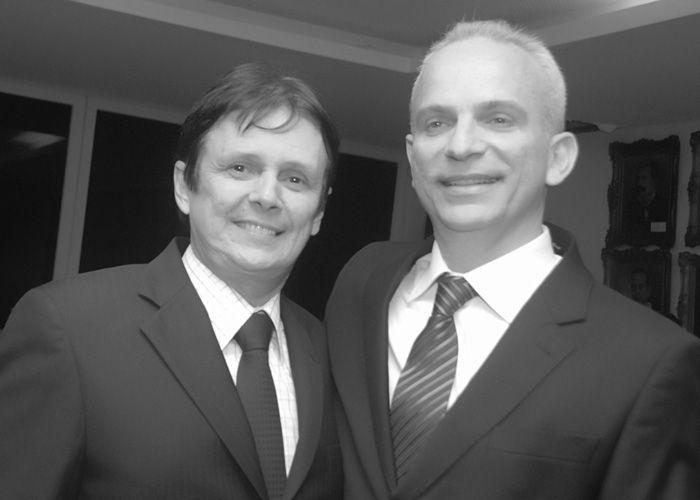 O Economista Antonio Celso Alves Pereira recebendo o título de cidadão da cidade de Salvador na Câmara Municipal, uma ideia do deputado federal Sérgio Carneiro, com apoio do Vereador Pedro Gudinho