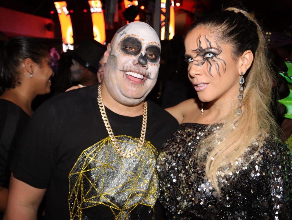 Joãozinho King proprietário do Camarote King no Carnaval da Sapucaí comemorou aniversário. Ver fotos...